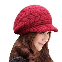 Ženska zimska kapa
