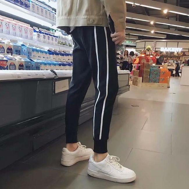 Męskie spodnie dresowe MT69 1
