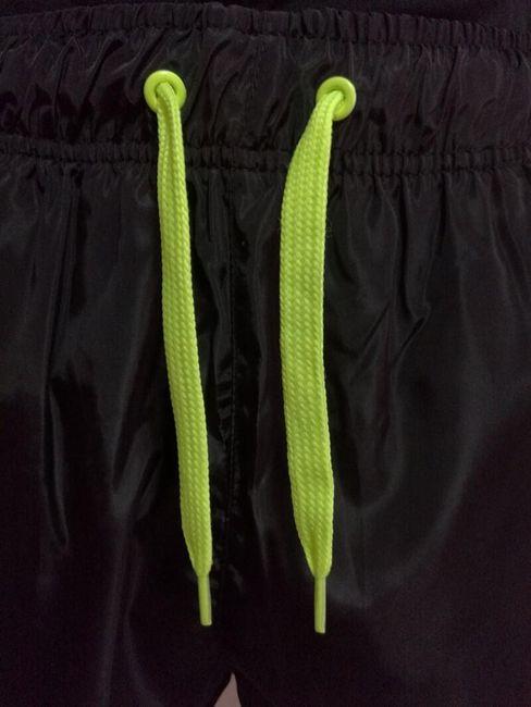 Férfi rövidnadrág színes részletekkel - 3 - 13 méret