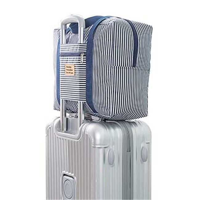 Cestovní taška s úchytem na kufr 1