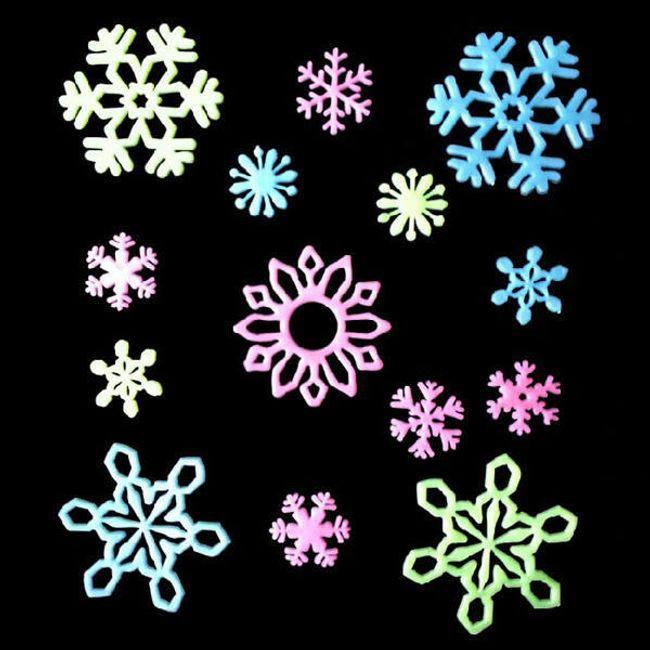 Barevné sněhové vločky na zeď či okno 1