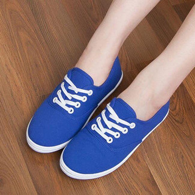 Vászon cipő nyári időre