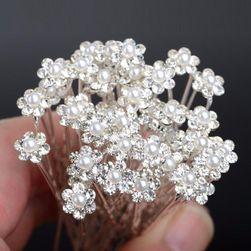 Agrafe florale pentru coafura de nunta
