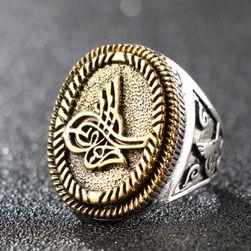 Výrazný pánský prsten