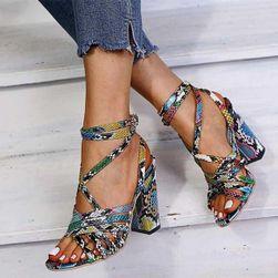 Dámské boty na podpatku Judy