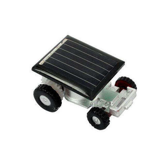 Najmniejszy samochód na świecie zasilany solarnie 1