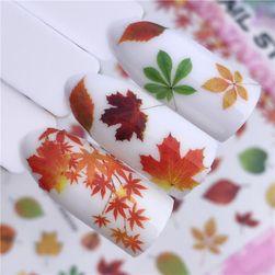 Stickere cu model floral pentru unghii