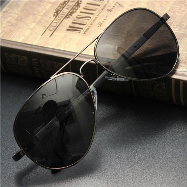 Stílusos retro repülési szemüveg - 3 színben 1