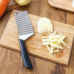 Nůž na krájení zeleniny na vlnky