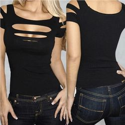 Damska podarta bluzka w czarnym kolorze