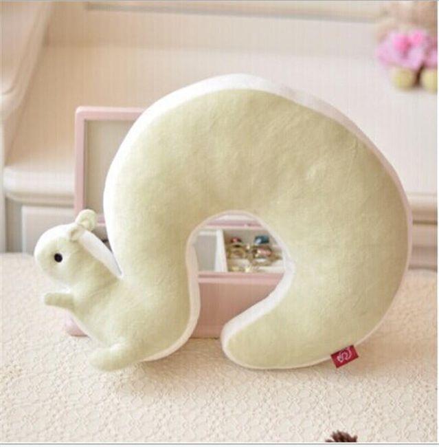 Подушка под голову, Белочка 1
