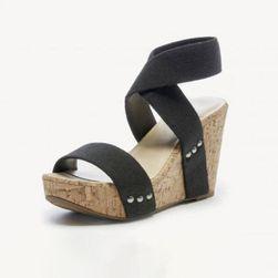 Dámské sandály na klínku Lianna