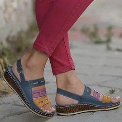 Dámske sandále na kline Anella