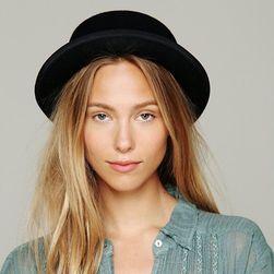 Ženski šešir AK57