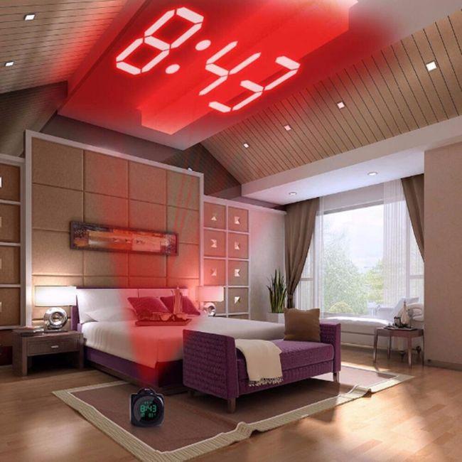 Digitalni sat sa projektorom - 2 boje 1