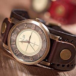 Аналогов часовник в ретро стил