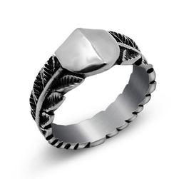 Férfi gyűrű természetes motívummal