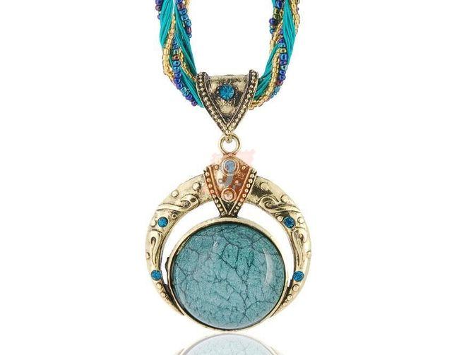 Exotický retro náhrdelník - světle modrý 1