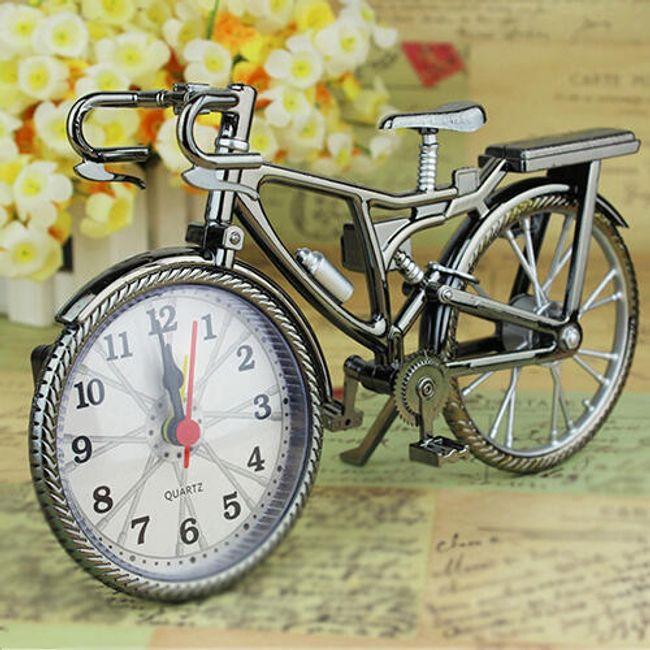 Budilka v obliki retro kolesa 1
