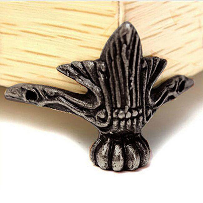 Dekorativní nožky k nábytku 1