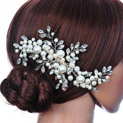 Ukras za kosu u obliku cveta sa biserima