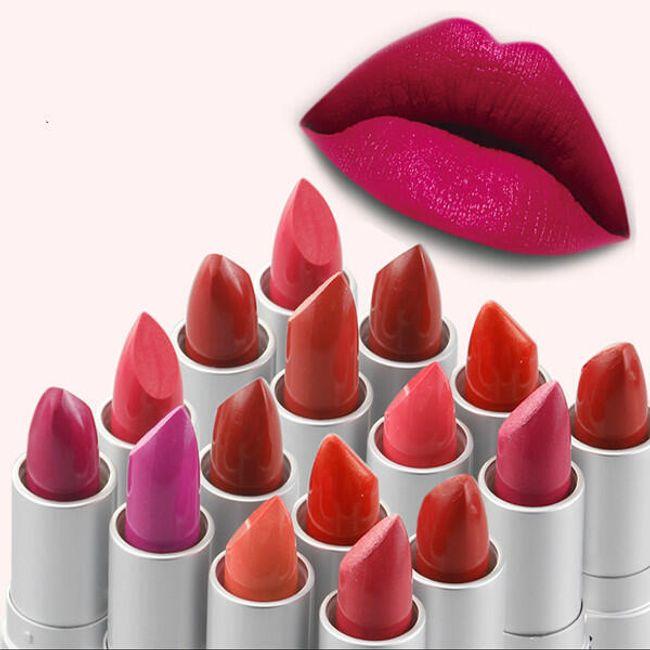 Női rúzs merész színekkel 1