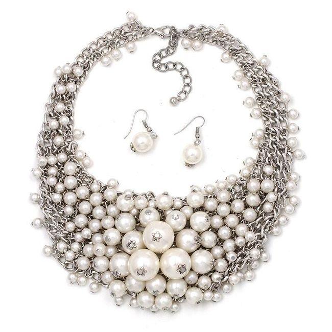 Dámský náhrdelník a náušnice v honosném stylu 1