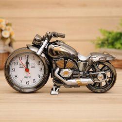 Ébresztőóra motorkerékpár tervezésben