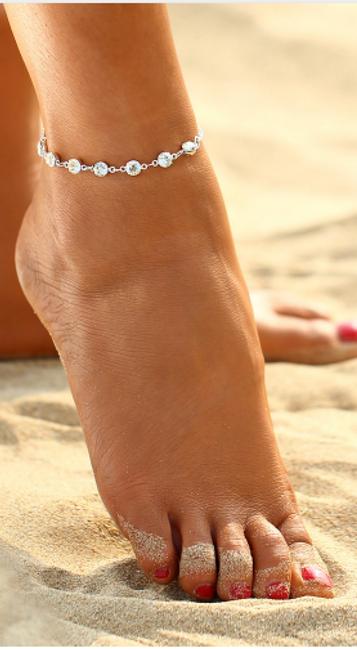 Elegantní náramek na nohu s kamínky 1