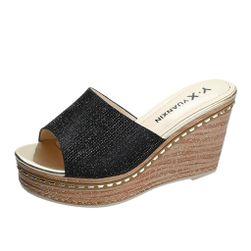 Dámské pantofle na klínku Arassi
