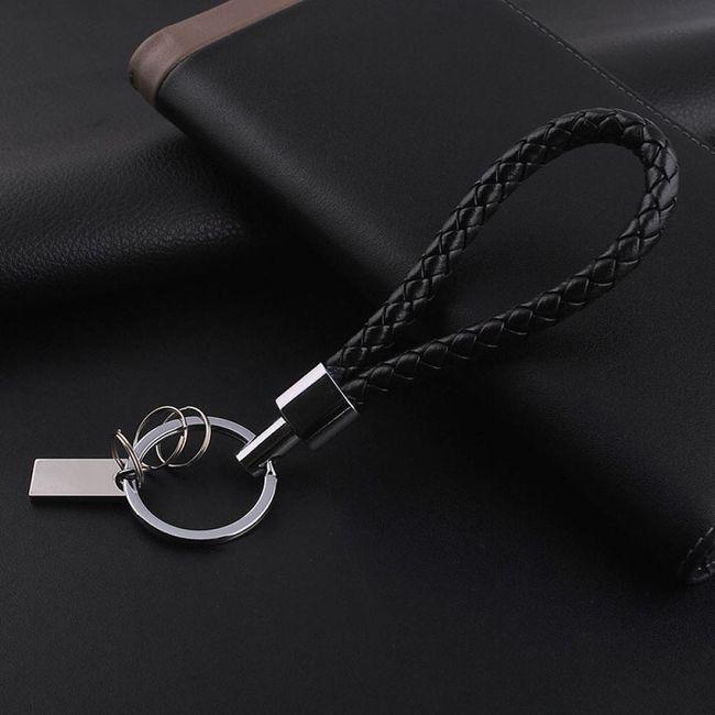 Černý přívěsek na klíče 1
