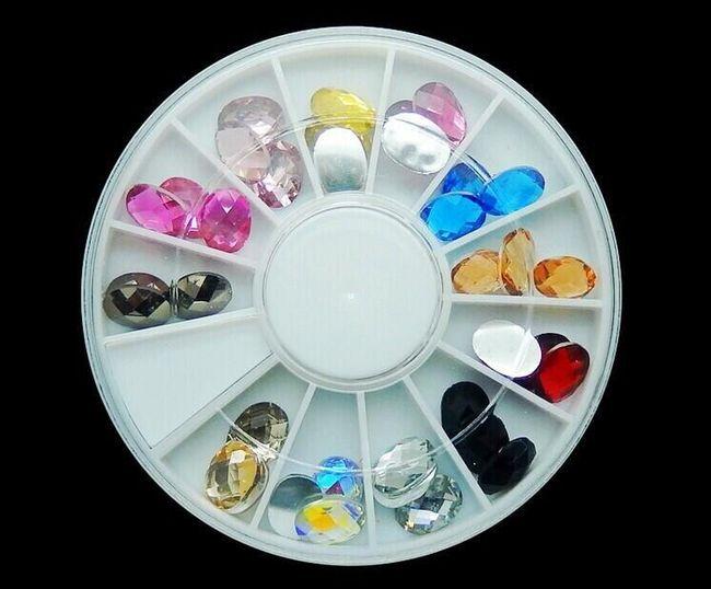Dekorace na nehty - barevné krystaly, 36 kusů 1