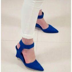 Sandale cu bot ascuțit