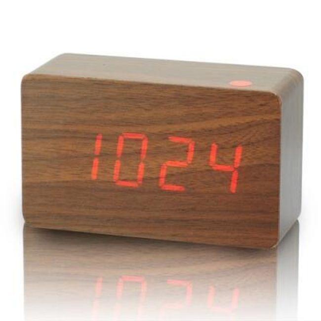 Designový budík ze dřeva 1