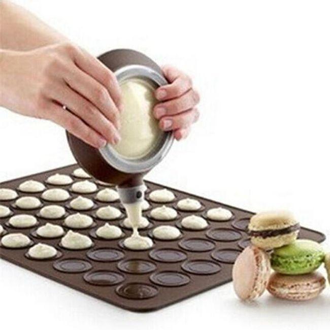 Silikonska podloga za peko makaronov 1