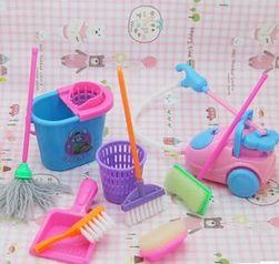 Mini tisztítószerek Barbie számára