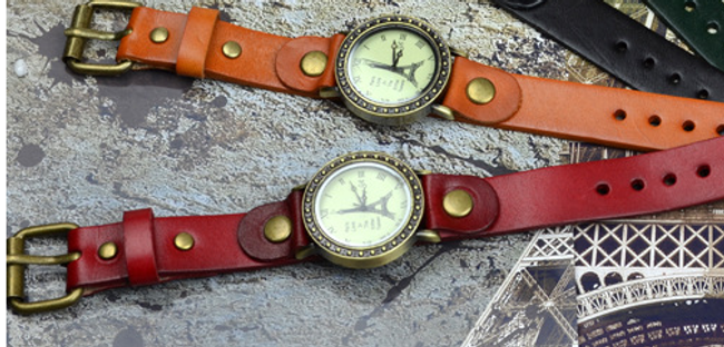 Damski zegarek z motywem wieży Eiffla 1