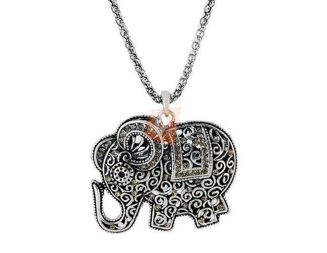 Náhrdelník s přívěškem ve tvaru sloníka - stříbrná barva 1