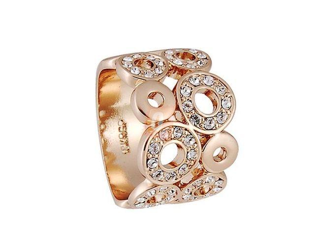 Prstýnek se vzorem s kamínky - zlatá barva 1