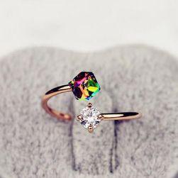 Luksuzni prsten sa kamenčićima