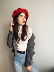 Jednokolorowy damski beret