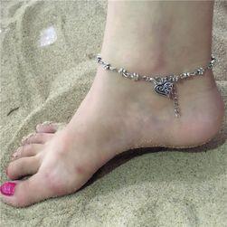 Браслет на ногу с маленькими цветочками и сердечком