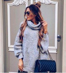 Dlouhý pletený svetr s rolákem - šedý
