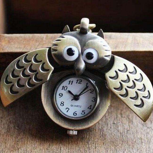 Originalni retro sat na lancu u obliku sovice 1