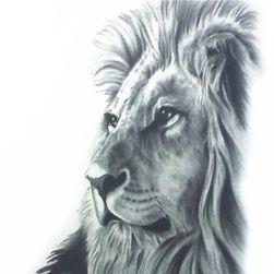 Geçici dövme - siyah beyaz aslan