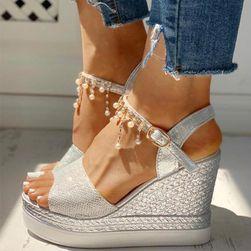 Damskie sandały na koturnie TF5711