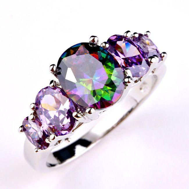 Subtilni prstan z mavričnimi kamni 1
