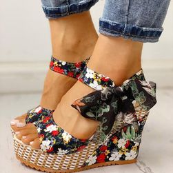 Damskie buty na koturnie Ema