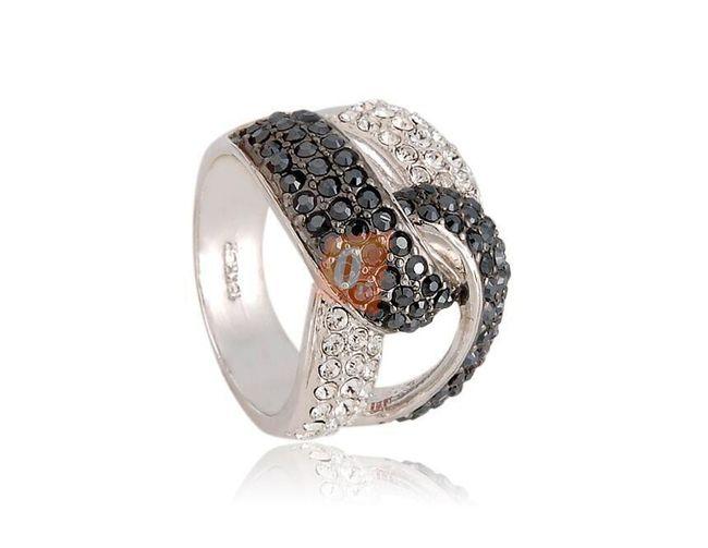 Kroucený prstýnek s kamínky - stříbrná barva 1
