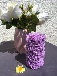 Svíčka válcová kytice fialová
